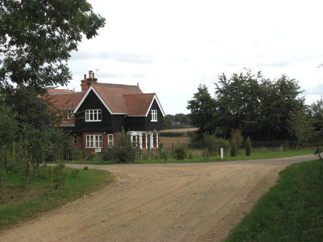 Petre Lodge 2
